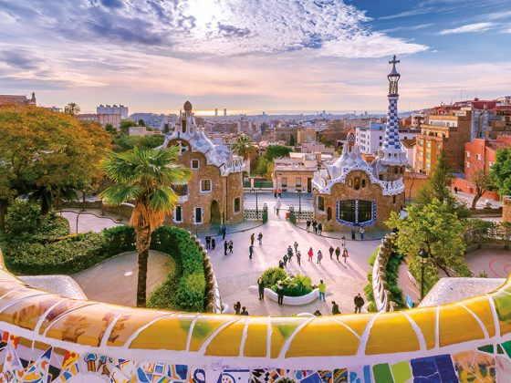 View of the city from Park Guell. Photography: Shutterstock / Georgios Tsichlis.