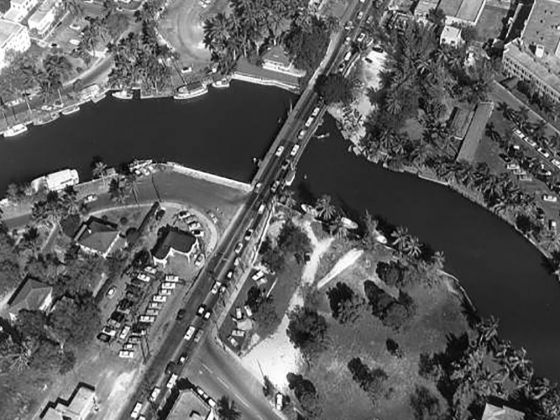 The bridge over the New River before 1958. Photography: Florida Memory.
