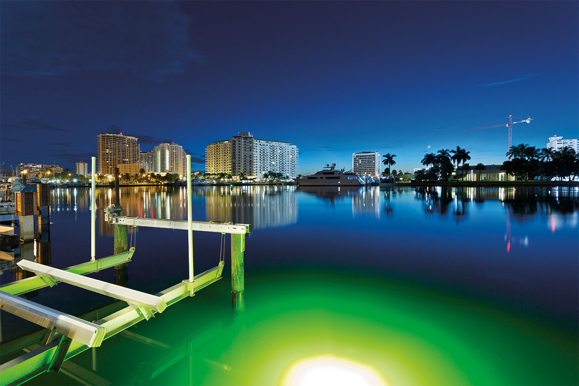Views of the Intracoastal from the dock. Photography: Ed Butera, IBI Designs.