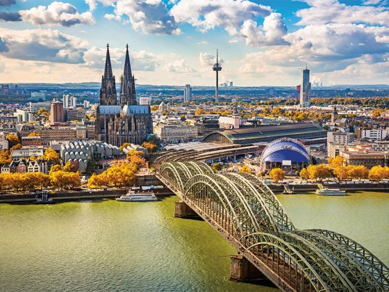 Cologne Cathedral overlooking the Hohenzollern Bridge. Photography: Shutterstock / S.Borisov