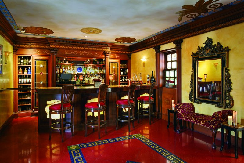 The G Lounge Bar was formally used as Versace's library and, at one point, contained hidden passages.