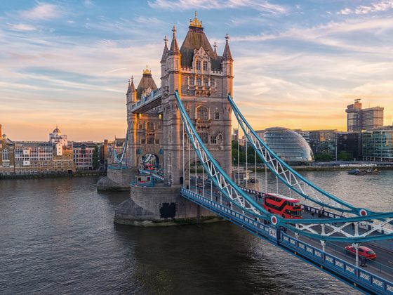 Tower Bridge, Kensington Palace.